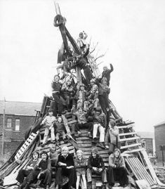 6 photographs of Bonfire Nights of yesteryear in Bolton Mystery Of History, Local History, Old Pictures, Old Photos, Bolton Lancashire, Durham Museum, Before We Go, Bonfire Night, Vintage Tv