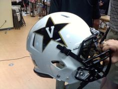 Love the white helmet for the Commodores this year!