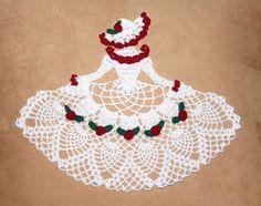 Crochet Birthday Crinoline Doily Pattern - Rose Garden Crinoline Girl Doily Pattern