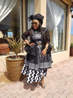 Xhosa Attire, Black King And Queen, African Traditional Dresses, Classic Outfits, African Dress, Weeding, Dressing, Clothes, Ideas