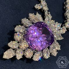 Bérengère Treussard | Like a b (@likeab) • Photos et vidéos Instagram { Harry Winston } WoW @jlo was wearing this amazing masterpiece with a violet sapphire and diamonds by @harrywinston at the #metgala2019. I saw this amazing piece of art in January in Paris and so can confirm it is such a beautiful necklace - credit #berengeretreussard @likeab . . . #harrywinston #likeab #jlo #metgala #NYC #bestoftheday #masterpiece #beautiful #art #jewelryart #collectiblejewelry #bespoke…