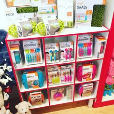 We've restocked on a lot of your favorite @booninc products for mealtime! Plus some new items like the Bento Box lunchbox. Come and see what you may find today here at Lou Lou's Corner! #restocked #new #booninc #baby #mealtime #loulouscorner #shoppingmadeeasy