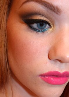 BAT A LASH! // BEAUTY BLOG - THROUGH THE LOOKING GLASS: TIPS FOR WEARING MAKEUP WITH GLASSES.