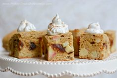Protein Treats By Nicolette : Caramel Apple Protein Cake Squares 106 calories, 7.3g protein, 12.6g carbs, 3.3g fat, 5.4g sugar, 2.3g fiber