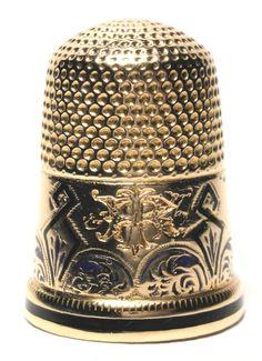 Antique 14K Gold with Black Enamel Design Thimble c.1890s.