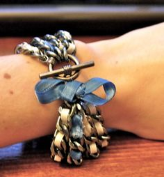 diy-ribbon chain bracelet... Can't wait to make this. So cute :)