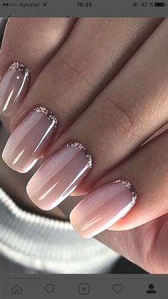 Pink nail polish with glitter nail art - Nageldesign - Nail Art - Nagellack - Nail Polish - Nailart - Nails - Makeup Light Colored Nails, Light Nails, Cute Nails, Pretty Nails, My Nails, S And S Nails, Work Nails, Shiny Nails, Pretty Toes