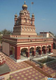 Parvati Temples, Parvati Hills, Pune, Maharashtra, India   @ http://ijiya.com/8236918