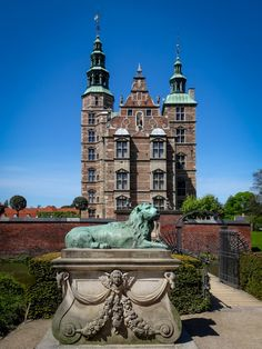 Discover 20 of Copenhagen's top attractions every traveler has to visit including museums and palaces, the Little Mermaid and the Christiania.