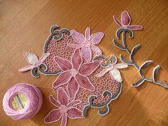 Irish crochet http://www.liveinternet.ru/users/5018248/post284336532/