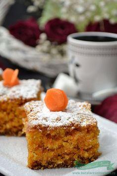 Prajitura cu morcovi de post Romanian Desserts, Romanian Food, Romanian Recipes, Baby Food Recipes, Great Recipes, Favorite Recipes, Ale Recipe, Good Food, Yummy Food