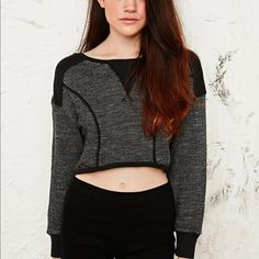 Urban Outfitters Cropped Sweatshirt Never worn! I didn't really like the fit on me, but I'm sure it will fit someone else perfectly! ✨ALWAYS willing to consider, accept, or negotiate with reasonable offers✨ No trades please! [Phot cred: urbanoutfitters.com] Urban Outfitters Tops Crop Tops
