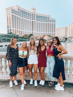 Audrey Madison Stowe is sharing her full guide to her Bachelorette in Las Vegas. The ultimate girls weekend itinerary for partying it up in Vegas. Best Friend Photos, Best Friend Goals, Friend Pictures, Friend Pics, Besties, Vegas Bachelorette, Las Vegas Weddings, Bikini, Cute Friends