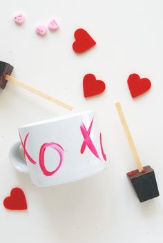 DIY || Valentine XO Mugs