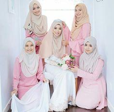 Bride & bridesmaid @photobyarif
