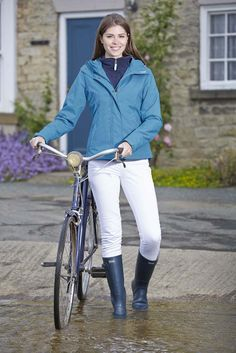 NEW from Toggi for SS15 is the Camilla ladies waterproof jacket in Topaz Blue colour. Superbly practical for all country pursuits!