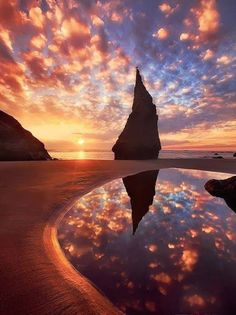 Whoever took this photo has great talent. Gosh Oregon is so beautiful and magical. Wizard's Hat in Bandon, Oregon.