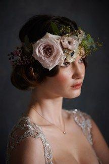 Victoriana Inspired Wedding Floral Garland (BridesMagazine.co.uk) (BridesMagazine.co.uk)