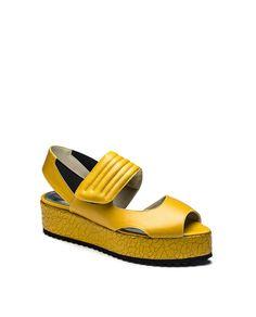 #5 Nuu Shoes