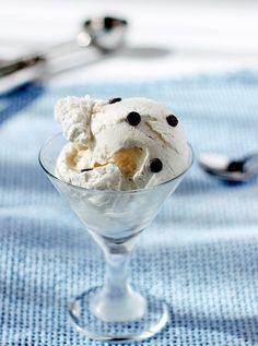 Rated R Ice Cream 1 3/4 cups milk of choice, or nondairy creamer (see note below) 1/4 cup hazelnut liqueur (Frangelico) 2 packets stevia (or 2 tablespoons sugar) 1/8 tsp salt optional: chocolate chips, toasted coconut, etc.