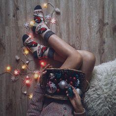 - Happy Christmas - Noel 2020 ideas-Happy New Year-Christmas Christmas Photography, Winter Photography, Creative Photography, Winter Pictures, Christmas Pictures, No Ordinary Girl, Photo Garland, Winter Instagram, Foto Casual