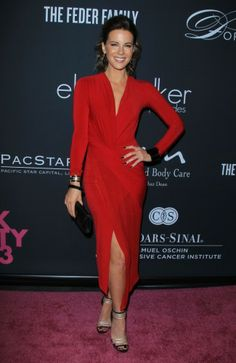 Kρουζέ φόρεμα για την Kate Beckinsale