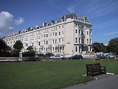 Salisbury Hotel in Folkestone Kent is located a short walk from Folkestone city centre only about 5 to 10 minutes walk, on The Leas promenade offering amazing views of the beach and sea, on clear days you can see France