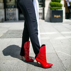 Statement shoes. #theyarewearing #hautecoutureweek (: @kukukuba) via WOMEN'S WEAR DAILY MAGAZINE OFFICIAL INSTAGRAM - Celebrity Fashion Haute Couture Advertising Culture Beauty Editorial Photography Magazine Covers Supermodels Runway Models