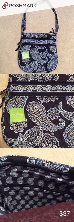 Triple Zip Hipster Vera Bradley NON SMOKING HOME Lovely Vera Bradley Triple Zip Hipster in Blue Bandana pattern. Two zippered pockets on front, one zippered pocket inside, zips closed on top, small pocket on back and adjustable strap. Vera Bradley Bags
