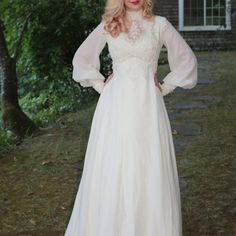 [Isn't this a pretty silhouette?] Vintage Wedding Dress In Silk Chiffon And Venise Lace 1970s Wedding Dress, Fairy Wedding Dress, Vintage Wedding Hair, V Neck Wedding Dress, Vintage Bridal, Vintage 70s, Vintage Weddings, Wedding Veil, Wedding Suits