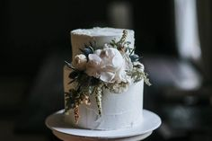 """146 Likes, 16 Comments - Luci Di Bella Design House (@lucidibelladesign) on Instagram: """"Cake inspo for you this cold winter night where posting comfort food photographs feels just right 😋…"""""""