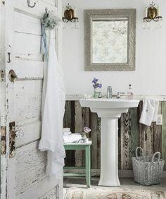 Prairie Bathroom #rachelashwell