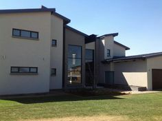 Houses For Sale in Serengeti Golf Estate. View our selection of apartments, flats, farms, luxury properties and houses for sale in Serengeti Golf Estate by our knowledgeable Estate Agents.