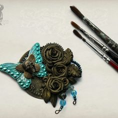 Another skull and rose brooch nearly finished...