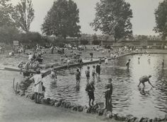 Paddling Pool & Beach, Bishop's Park, Bishops Avenue, Fulham, South West London England in 1928 South London, London Life, West London, London Architecture, Ancient Architecture, Vintage London, Old London, London History, Local History