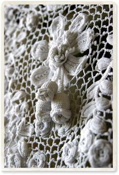 antique Irish crochet lace detail