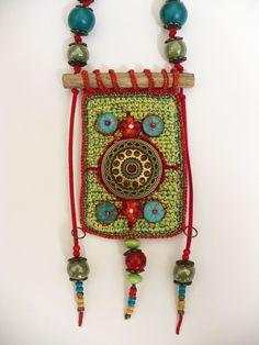 Fransien de Vries - Maria Funky Jewelry, Jewelry Crafts, Jewelry Art, Handmade Jewelry, Jewelry Design, Pendant Jewelry, Textile Jewelry, Macrame Jewelry, Fabric Jewelry