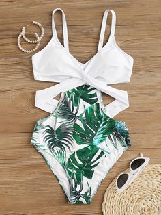 Tropical Twist One Piece Swimsuit | SHEIN USA Bathing Suits For Teens, Summer Bathing Suits, Cute Bathing Suits, Summer Swimwear, Cute One Piece Swimsuits, Bikini Outfits, Swimming Costume, Cute Bikinis, Summer Fashion Outfits