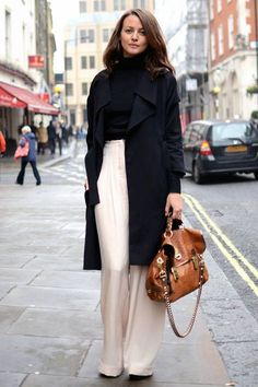 How to wear wide leg trousers - tips at http://www.lookingstylish.co.uk/2015/10/20/how-to-wear-wide-leg-trousers/