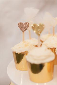 Fabulous Sparkle themed 40th birthday party via Kara's Party Ideas KarasPartyIdeas.com Decor, printables, invitation, cake, cupcakes, recipes, etc! #goldglitterparty #glamparty #sparkle (18)