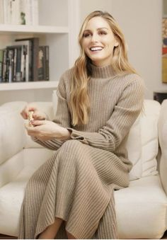 Olivia Palermo Street Style, Olivia Palermo Lookbook, Gown Suit, Turtle Neck, Gowns, Suits, Stylish, People, Sweaters