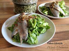 Paleo recept: Haringsalade met frisse komkommer-avocado dressing