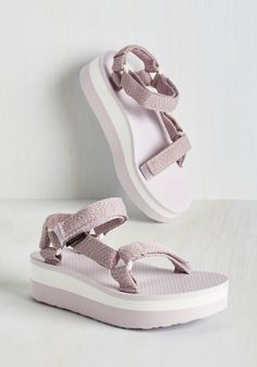 e22b1eec51d Dino What You Mean Pullover. Flatform Sandals OutfitTeva ...
