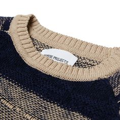 The Martin Tapestry Crew from Norse Projects new collection is a traditionally styled crew neck sweater, constructed from 100% Pure New Wool sourced from the UK. This lightweight knit features a distinctive gradiating stripe and is finished with a ribbed collar, cuffs and hem. 100% Pure New Wool Fabric Sourced from UK Textured and Striped Detail Ribbed Cuffs, Collar and Hem Made in the EU