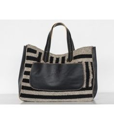 """#New  ALBÁN STRIPED HANDBAG The """"Alban Collection"""" is a collaboration between Artisan Ramón Vazquez from Oaxaca & Designer Jessica Torres for Pakal32. These hand-woven wool handbags, combined with calfskin represent the amazing abilities our artisans behold. On a loom of his own design, Ramón recreates the patterns of the ancients in fresh, bold ways. The wool pieces he produces are durable, practical and artistic."""