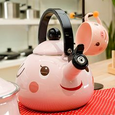 Kawaii Kitchen Ware from Passport Webshop...So cute...I really want...