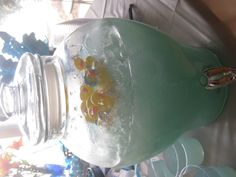 Punch! 2 parts lemonade and 1 part sprite.  add ice.  Add FOOD COLORING to match party theme.  Here it is blue for boy baby shower