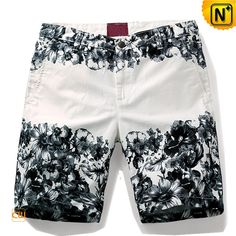 Mens Designer Floral Print Twill Shorts Designer men's cotton twill shorts in black and white floral print. Contrasting printed shorts featur… - Best Fashions for All Mens Printed Shorts, Print Shorts, Shorts Jeans, How To Make Shorts, Floral Shorts, Summer Shorts, Cotton Shorts, Tulum, Cool Style