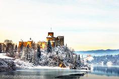 Zamek Dunajec zimą.