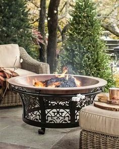 Fire Pit Ideas Backyard Landscaping - Try turning off your TV and stashing the remote for a better family time. Go to your backyard and sit around the fire pit to maintain a conversation, instead. Fire Pit Decor, Diy Fire Pit, Fire Pit Backyard, Copper Fire Pit, Steel Fire Pit, Fire Fire, Cheap Fire Pit, Cool Fire Pits, Best Fire Pit